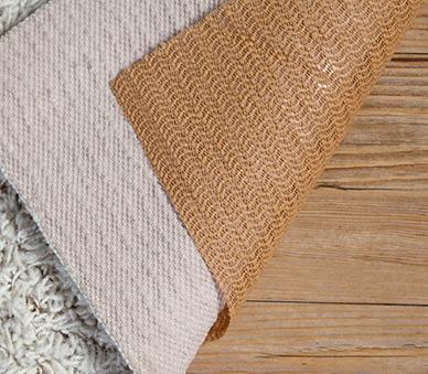 Non slip pad rugs