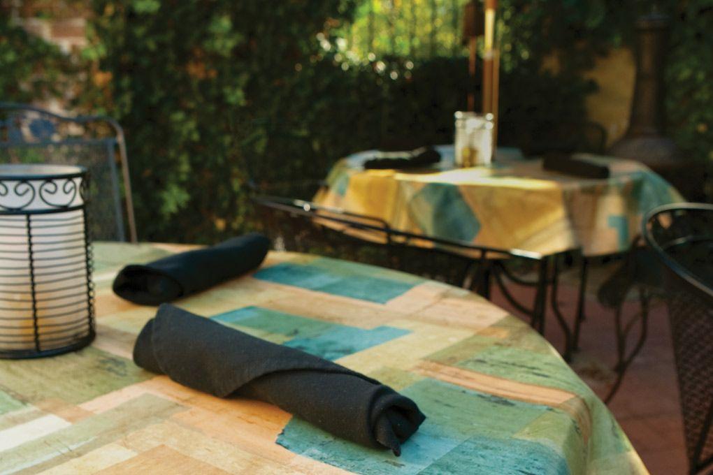 15 6118 premium vinyl turquoise tablecloth