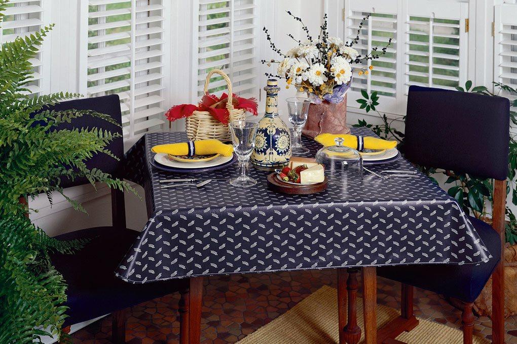 1 9805 classic indigo tablecloth