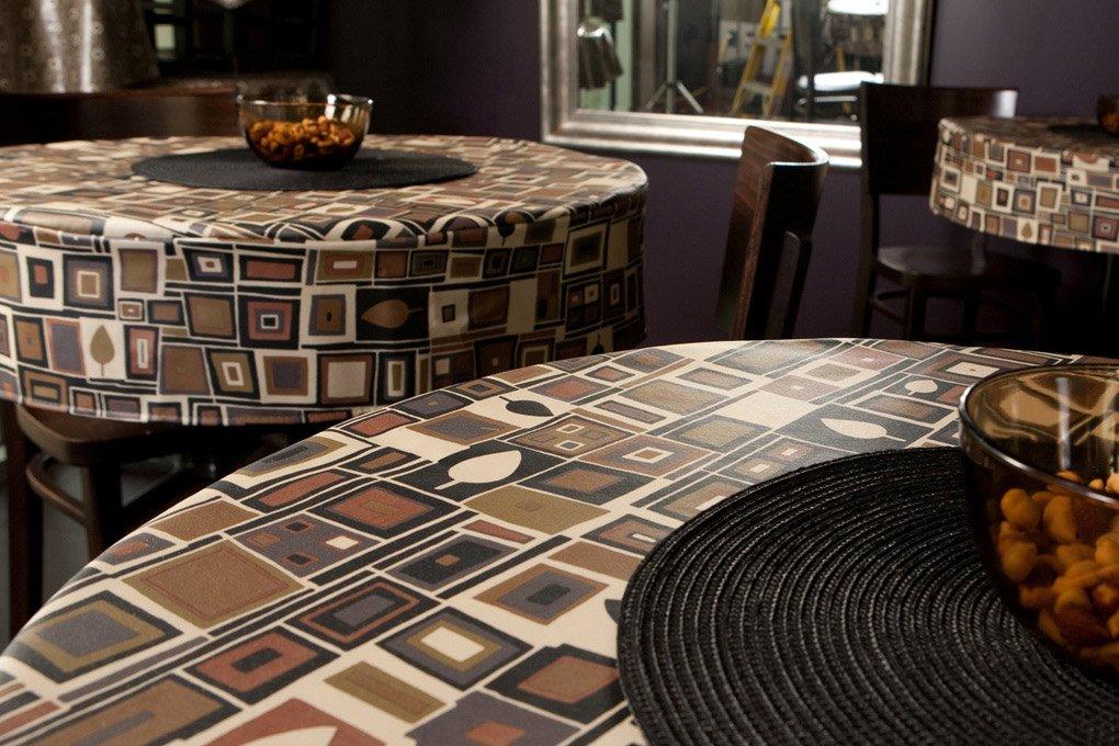 20 6125 premium vinyl balck mocha tablecloth
