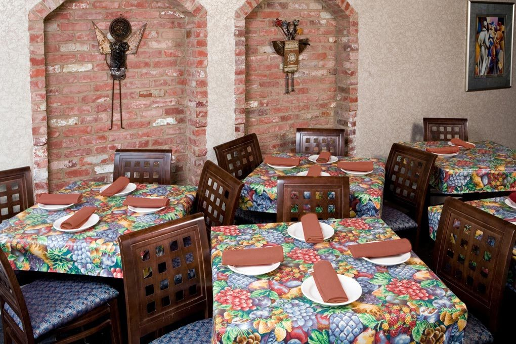 24 1291 laminate garden tablecloth